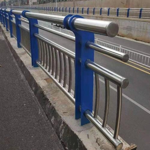 白钢护栏安装案例